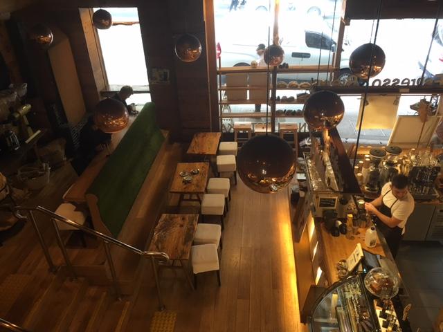Bonsai Cafeの中