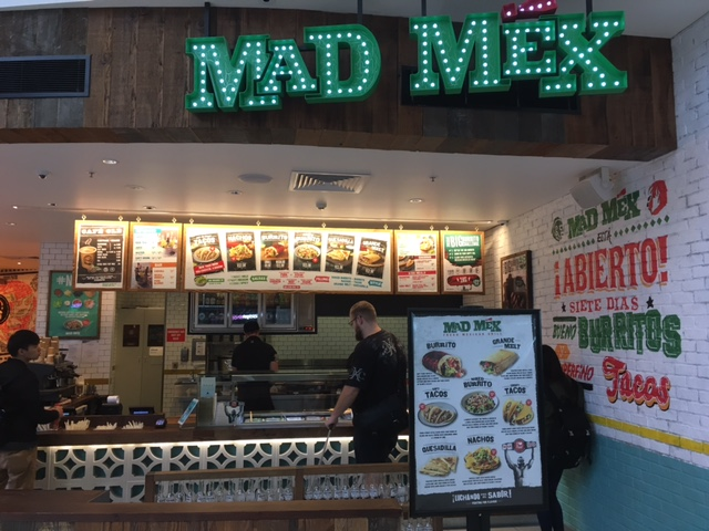 ブリスベン空港内にあるMadMex