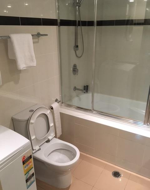 トイレとシャワーと洗濯機