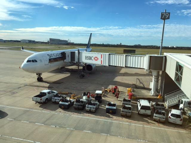 シンガポール航空にてチャンギ空港で乗り換え