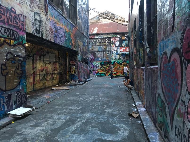 mel-street-art11